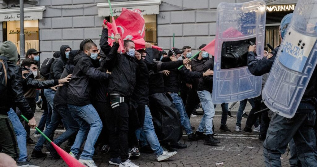 Anti-Lockdown Protests Erupt Across Italy